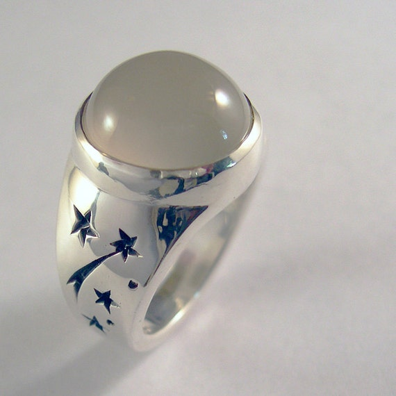 moonstone rings with stars - photo #3