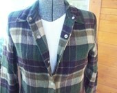 SALE..Vtg Wool Blend Shirt, Jacket, Blazer, Plaid, Size S, Shoulder pads
