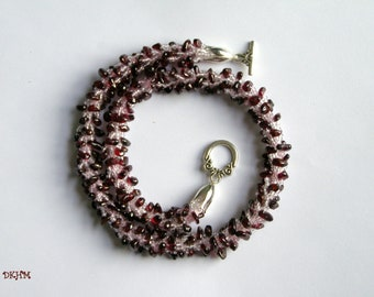 Crocheted necklace with garnet gem stone chips