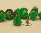15 pcs. Green Cone SPIKES RIVETS Studs Dog Collar Leather Craft Decorations Findings. 8 mm.