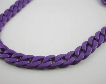 30 inch. Purple Chunky Chain Plastic Link Necklace Craft DIY Decorations Findings  (Flat). C7