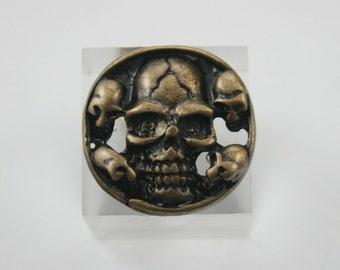 10 pcs. Zinc Antique Brass Skull and Crossbones Conchos Rivet Stud Buttons Decorations 21 mm. SK BR 21 RV 31