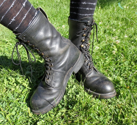 Vintage 1980s Steel Toed Black Leather Combat Boots -Military Issue Punk Rock/Goth Boots sz 9