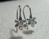 REserved, 6 pcs,  Beautiful, Sterling Silver Daisy AAA CZ Ear Post, Closed Loop