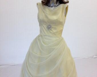 Vintage 1950s 60s Pale Yellow Organza Chiffon Lorrie Deb City Paris Belle Dress Sz S