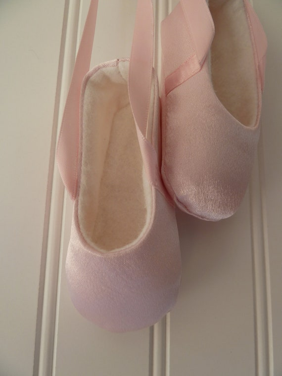 Infant Ballet Shoes in Pink Satin . Baby Ballerina Slippers Flats . Baby Girl . New Mom Gift