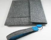 iPad 3 case iPad 2 cover sleeve case with pocket and carrying strap - Black white herringbone w blue felt