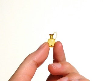 Miniature Pitcher in Yellow 1:12 Scale, Hand Blown Glass 1/12