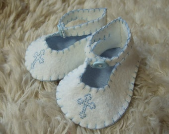 White Felt Baby Baptism - Christening Booties with hand stitched cross detail - Felt Baby Shoes - Can Be Personalized