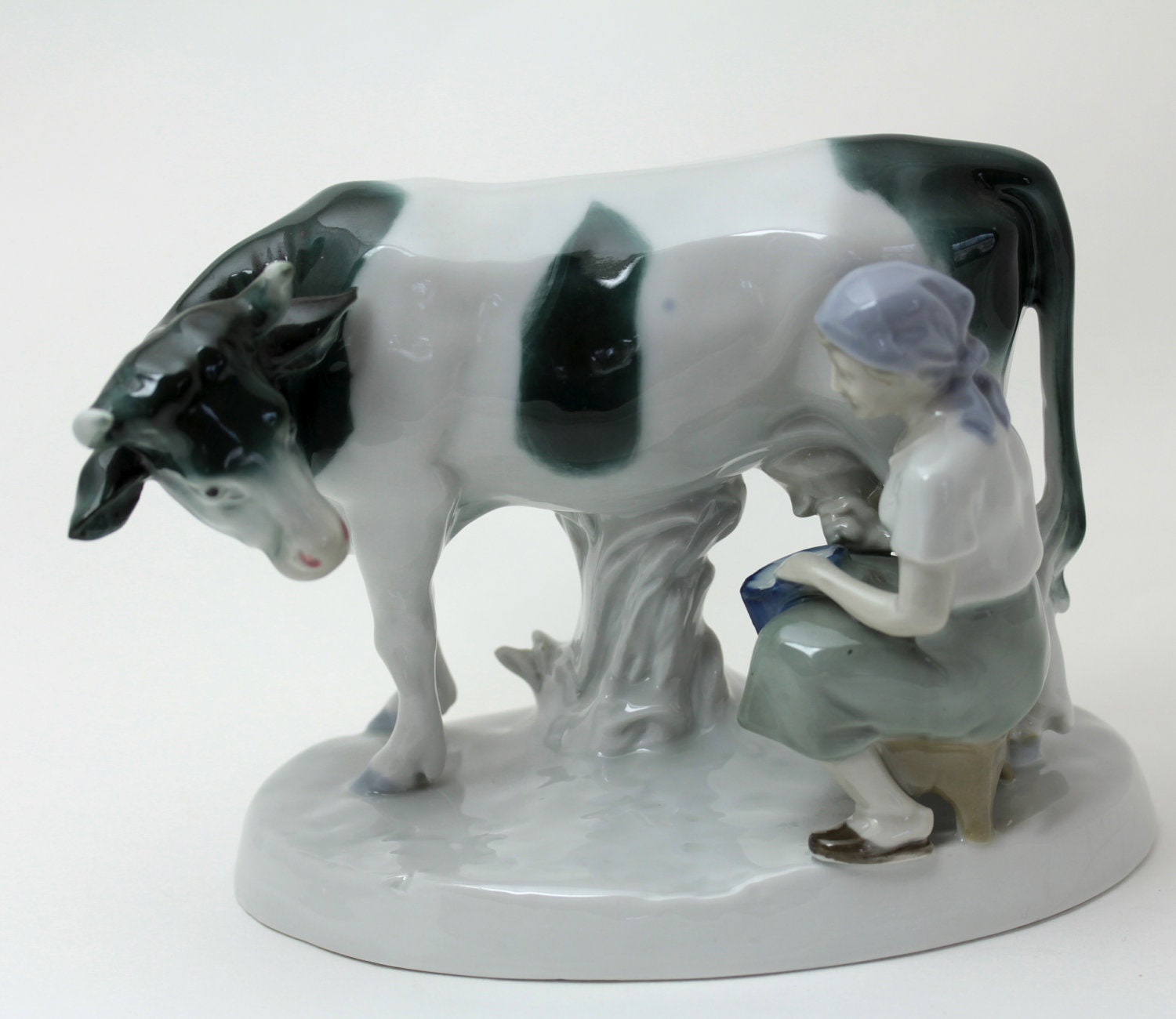 Milkmaid And Cow Figurine In Porcelain Austrian