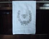 Bee flour sack kitchen towel