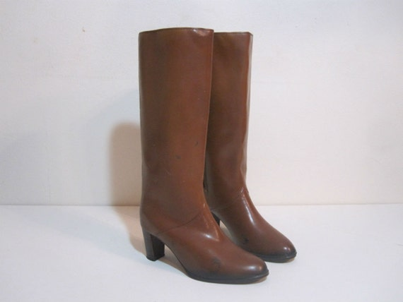 vintage brown moulded rubber boots size 10 heeled boots