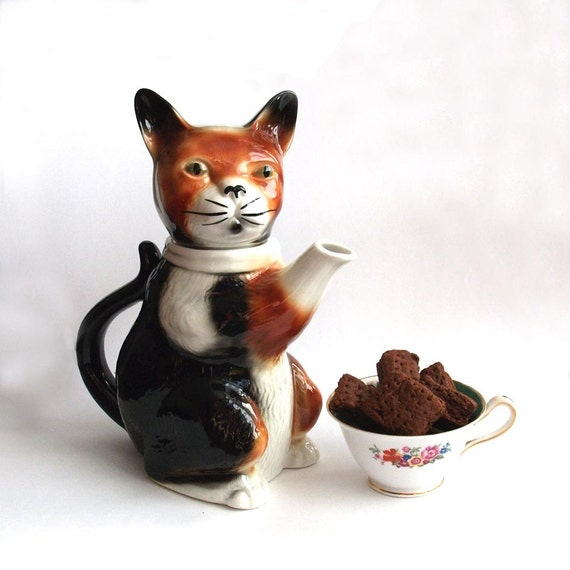 RESERVED - Pussy Foot - Ceramic Cat Teapot - Vintage, Tony Wood Pottery - 1980's