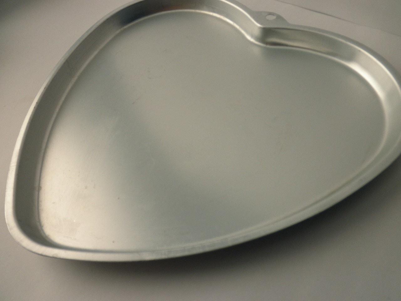 Wilton Aluminum Heart Shaped Pan Pizza Brownies