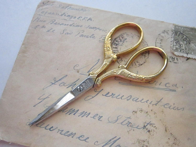Vintage Embroidery Scissors Marked GLOBUSMEN GARANTIE
