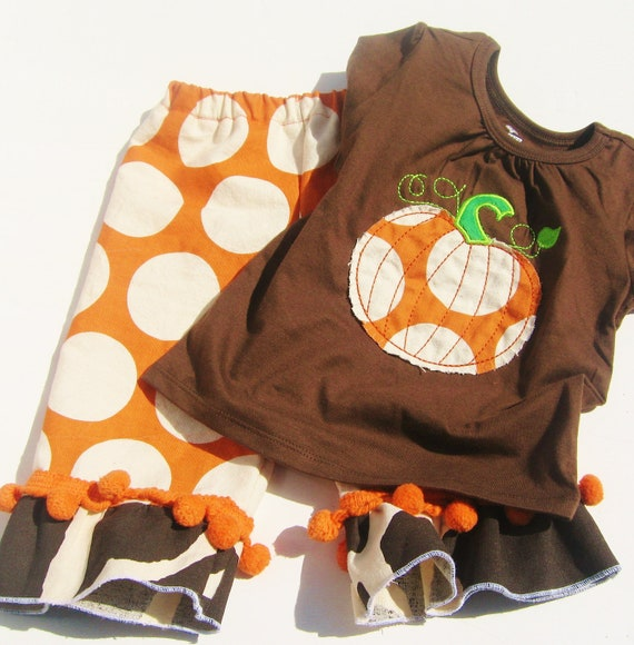 6-12 M Girls or Boys PUMPKIN OUTFIT  Applique Shirt and Girls Ruffle Pants Or Boys  Polka dots and pom pom trim  Fall Thanksgiving Halloween