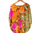 SALE 70s Goddess Floral Pleat Kaftan // exquisite / one size
