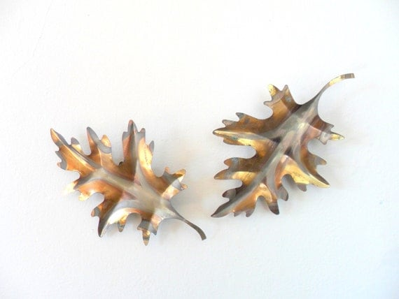 vintage gold copper colored metal leaf wall hangings - fall - autumn