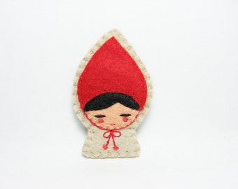 Little Red Riding Hood Felt Brooch / Fairy Tale Brooch / Red Riding Hood Felt Pin / Felt Little Red Riding Hood Brooch - made to order