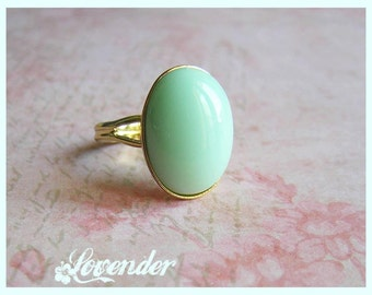 Elegant, adjustable gold plated ring with cabochon, gold plated oval ring, mint oval cabochon ring