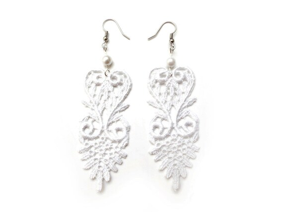 White lace dangle earrings