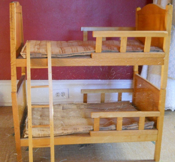 Beautiful Whitney Bros Toy Company Vintage Wooden Doll Bunk