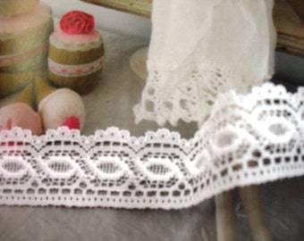 "White wedding lace 3 yards 1 1/2"" width beautiful Victorian floral scalloped edge lace trim"