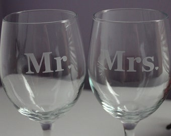 2 Wine Glasses With Mr. and Mrs.,  Personalized Wine Glasses