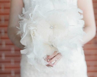 Ivory Ostrich feather bouquet