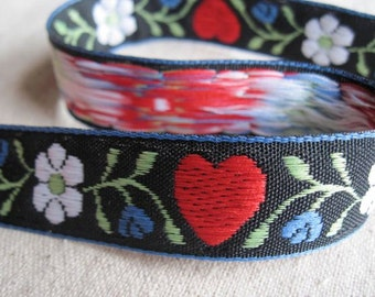 SWEETISH Hearts with BLUE flowers jacquard ribbon