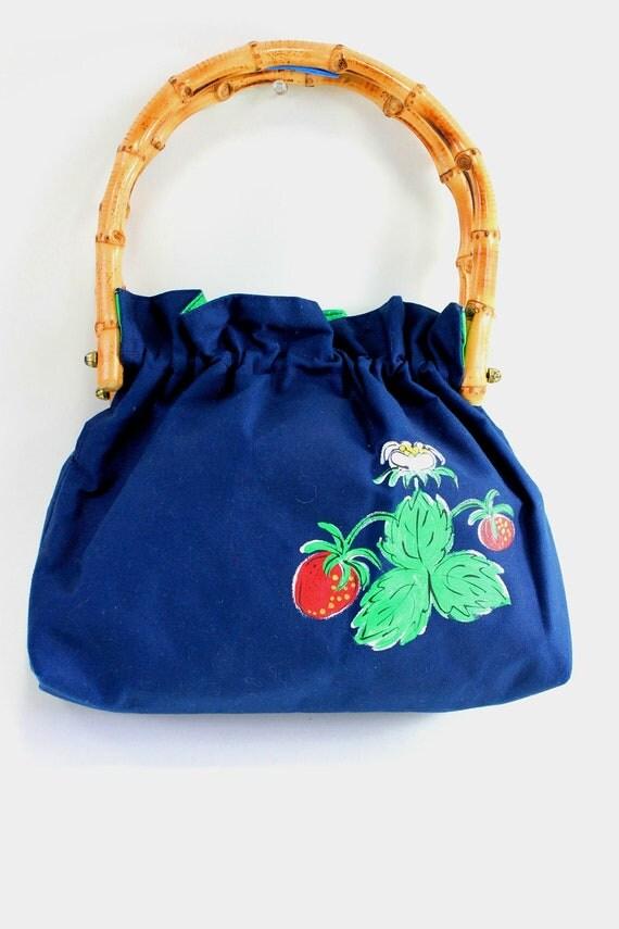 Sale - Vintage 1970s Strawberry Handbag Purse. Boho Fashion. Hippie Fashion. Spring Fashion. Summer Fashion
