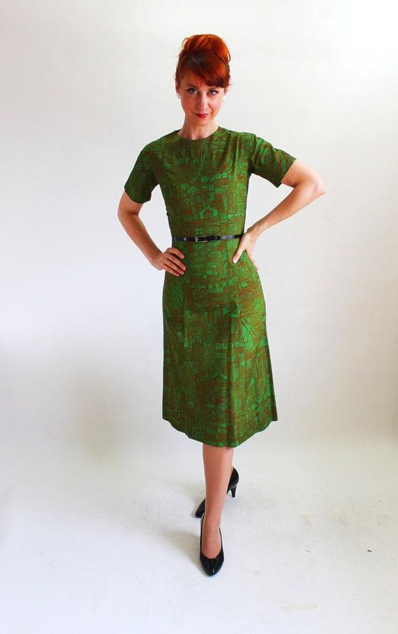 Sale - Vintage 1960s Dark Green Brown Dress. Mad Men Fashion. Office Fashion. Secretary. Fall Fashion. Spring Fashion. Size Small