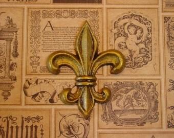 Fleur De Lis -  Magnet in Antiqued Gold