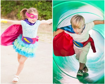 5 Pack SUPER HERO Party Capes - Fast Ship -  Blank Reversible Capes for Boys and Girls - super hero birthday party favors