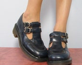 Vintage Navy Blue Leather Mary Jane DOC Martens Shoes Size 5 UK /// Size 7 1/2 US