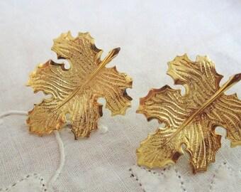 Vintage Gold Tone Autumn Leaf Pierced Earrings