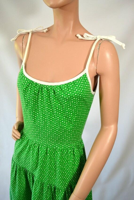 Lucky Charm... Vintage 70's Green White Heart & Flower Print Dress