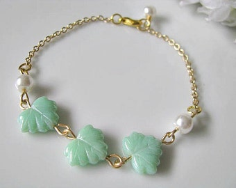 Maple Leaf Bracelet, Peppermint Green Maple Leaves With White Glass Pearls Bracelet - Gift For Her, Bridesmaid Bracelet