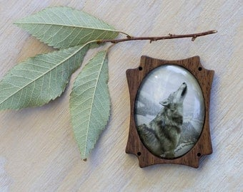 Wolf Jewelry, Wolf brooch, Jewelry for nature lovers, Animal necklace, Nature inspired jewelry, Wood brooch, Nature art jewelry, Woman gift