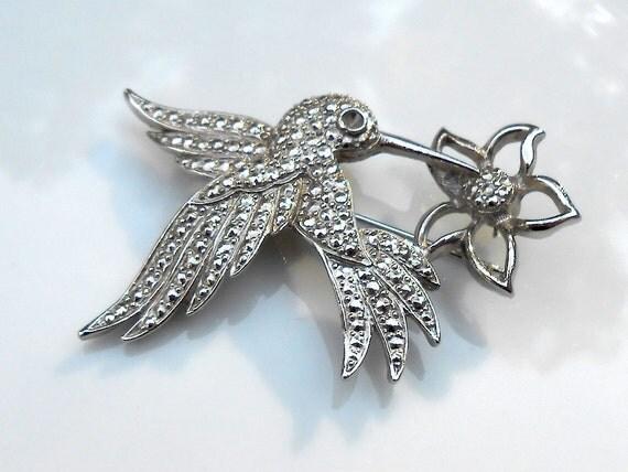 Vintage Silver Toned Hummingbird 1970s Retro Brooch Bird Pin Marcasite Style Jewelry