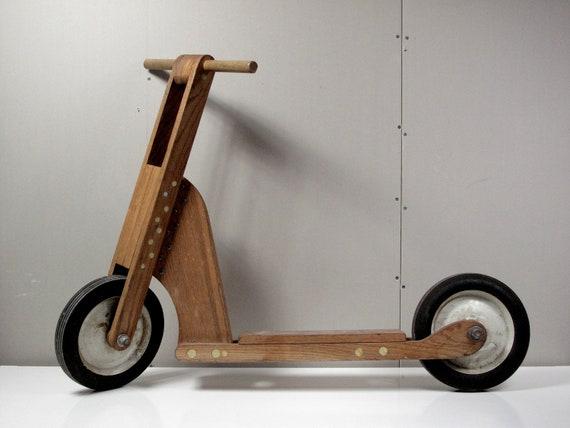 木材で乗り物