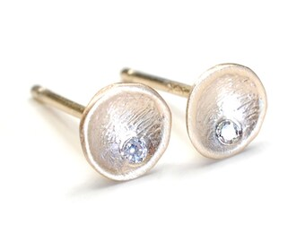 Diamond Earrings, Gold Earrings, Diamond and Gold Studs, Diamond and Gold Earrings, Gold Stud Earrings, Nixin
