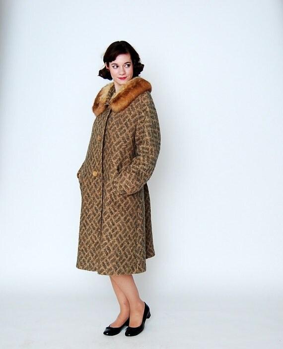 Coat Clearance - Vintage 1960s Coat - 60s Wool Coat - Olive & Camel Crosshatch - Plus Size
