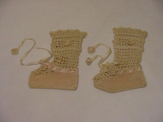 Set Of  Antique Hand Crocheted  Baby Booties   12 - 466