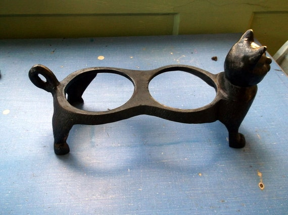 Vintage Cast Iron Cat For Food And Water Bowls By