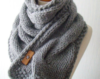 Scarf  Chunky Cowl Grey Thick Cabled Hand Knit