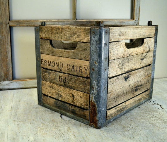 wooden dairy milk crate from esmond dairy by oldtimepickers. Black Bedroom Furniture Sets. Home Design Ideas