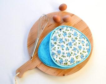 aqua turquoise blue roses pair of potholders - rose kitchen pot holder - cottage home - kitsch kitchen bright floral potholders