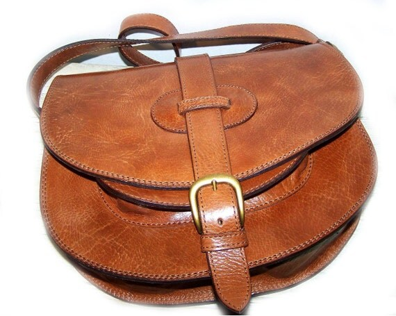 Reserved listing for Elizabeth - Leather Bag / Messenger / Cross body / Purse / Goldmann L in caramel brown