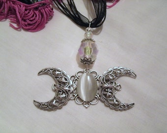 Triple Moon Goddess Necklace, wiccan jewelry pagan jewelry wicca jewelry goddess jewelry witch witchcraft metaphysical magic mystic gothic